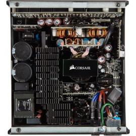 Блок питания Corsair ATX 650W RM650 80+ gold 24+2x(4+4) pin APFC 135mm fan 6xSATA Cab Manag RTL